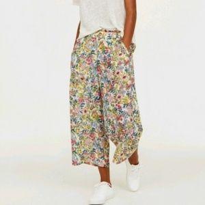 H&M Floral Wide Leg Cropped Culotte Pants